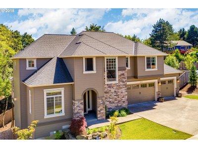 Single Family Home For Sale: 14406 SE Nehalem St