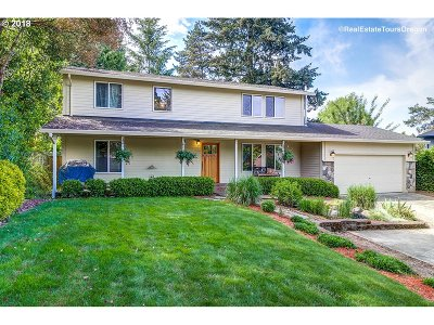 Tualatin Single Family Home For Sale: 8510 SW Sagert St