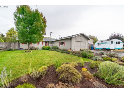 Eugene Single Family Home For Sale: 3535 Willow Brook St