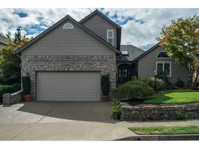 Lake Oswego, West Linn Single Family Home For Sale: 1830 Deana Dr