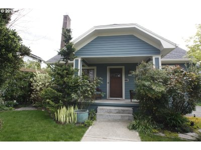 Portland Single Family Home For Sale: 7214 SE 21st Ave