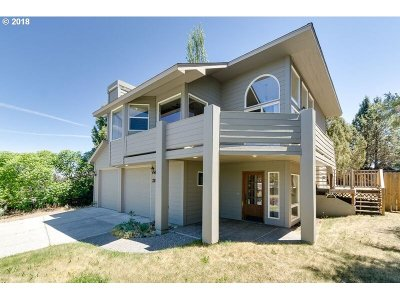 Bend Single Family Home For Sale: 2842 NE Ocker Dr