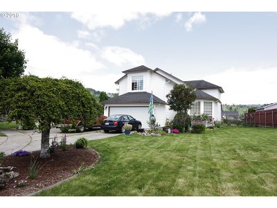 Cowlitz County Single Family Home For Sale: 2317 52nd Ct