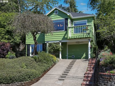 Portland Single Family Home For Sale: 1723 SW Troy St