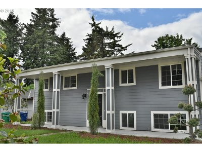 Portland OR Single Family Home For Sale: $395,900