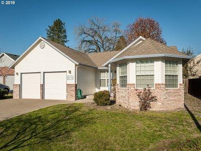 Hillsboro Single Family Home For Sale: 5773 SE Preston Ct