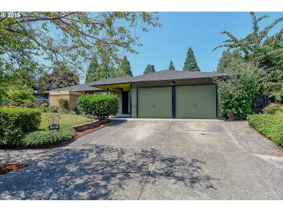 Single Family Home For Sale: 5587 NW Edgebrook Pl