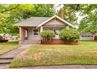 Woodburn Single Family Home For Sale: 181 N 2nd St