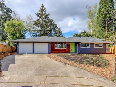 Beaverton Single Family Home For Sale: 13485 SW Driftwood Pl