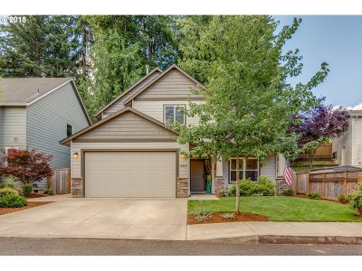 Sandy Single Family Home For Sale: 18059 Antler Ave