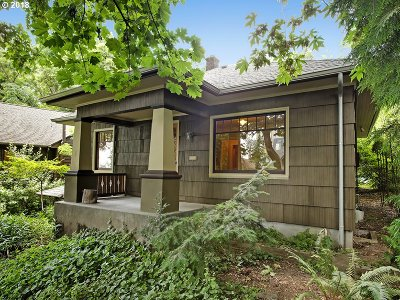Portland Single Family Home For Sale: 3243 N Michigan Ave