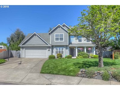 Yamhill County Single Family Home For Sale: 914 SW Apple Ct