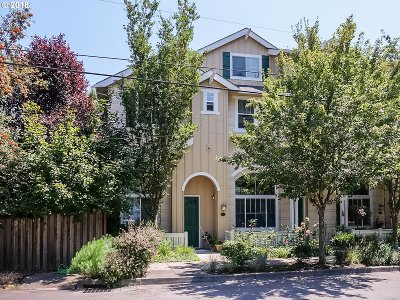 Portland Single Family Home For Sale: 2542 SW Hume Ct