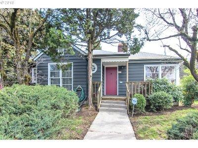 Single Family Home For Sale: 5924 SE Cesar E Chavez Blvd