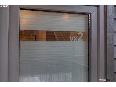 Portland Condo/Townhouse For Sale: 2035 SW Vermont St #2