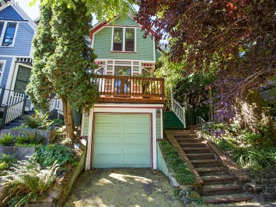 Single Family Home For Sale: 2112 SE Yamhill St