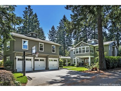 Lake Oswego Single Family Home For Sale: 17407 Redfern Ave