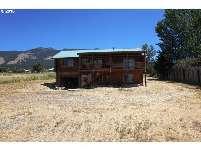Cove Single Family Home For Sale: 60647 Sunday Dr