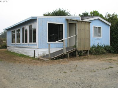 Coos Bay Single Family Home For Sale: 91293 Hedge Ln