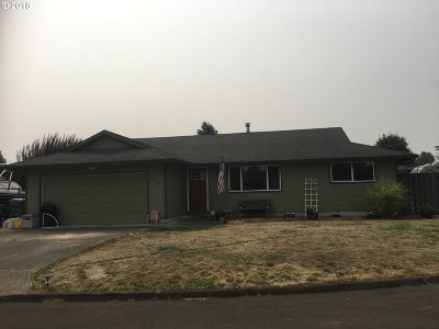 Canby Single Family Home For Sale: 453 SW 7th Ave
