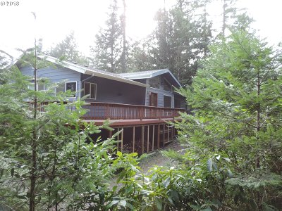 Gold Beach Single Family Home For Sale: 94322 Berry Rd