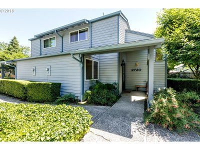 Eugene Condo/Townhouse For Sale: 2720 Harlow Rd