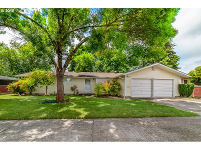 Junction City Single Family Home For Sale: 611 SW Laurel St