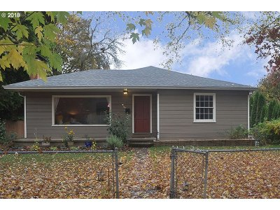 Independence Single Family Home For Sale: 61 Third St