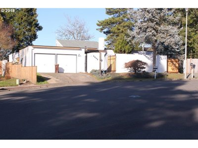 Single Family Home For Sale: 4665 NW 187th Ave