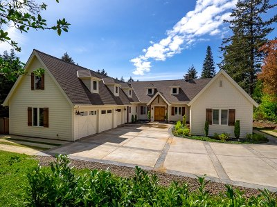 Lake Oswego Single Family Home For Sale: 13705 Knaus Rd