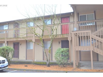 Forest Grove Condo/Townhouse For Sale: 3404 19th Ave #114