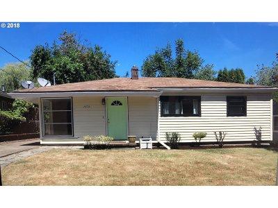 West Linn Single Family Home For Sale: 2573 Cambridge St
