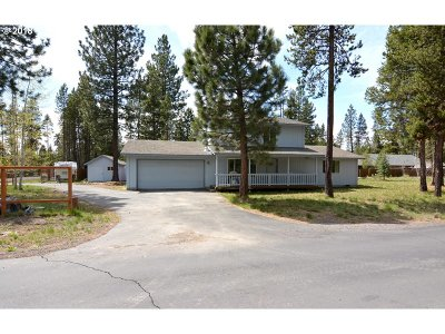 Bend Single Family Home For Sale: 56065 Stellar Dr