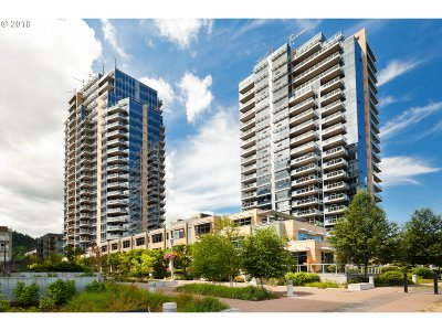 Condo/Townhouse For Sale: 3570 SW River Pkwy #2107