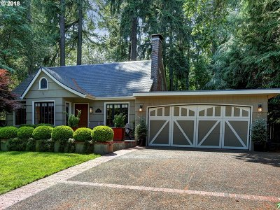Lake Oswego Single Family Home For Sale: 17454 Canal Cir