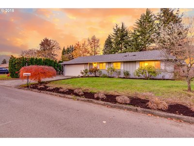 Milwaukie Single Family Home Bumpable Buyer: 8151 SE Jennings Ave