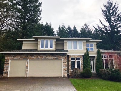 Happy Valley, Clackamas Single Family Home For Sale: 10440 SE Nicole Loop