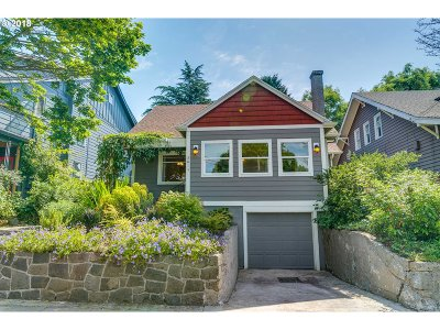 Portland Single Family Home For Sale: 3614 SE 26th Ave