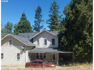 Canyonville Single Family Home For Sale: 600 SE Mont St