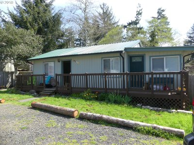 Florence Single Family Home For Sale: 85129 Hwy 101