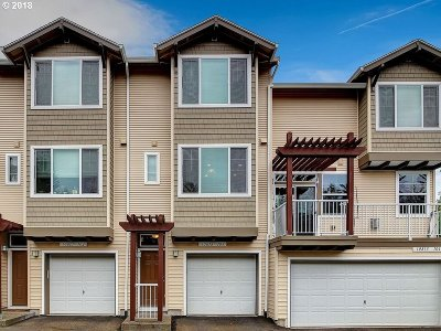 Tigard Condo/Townhouse For Sale: 10813 SW Canterbury Ln #103