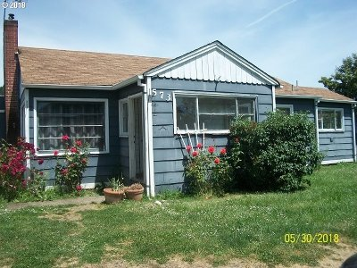 Sutherlin Single Family Home For Sale: 573 E Central Ave