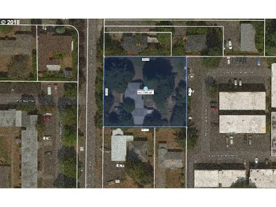 Residential Lots & Land Pending: 414 SE 157th Ave