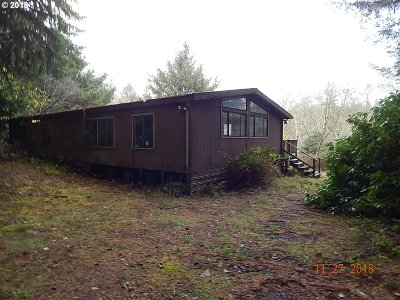 Port Orford Single Family Home For Sale: 42118 Old Mill Rd