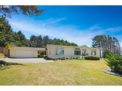 Gold Beach Single Family Home For Sale: 94445 Riley Lane