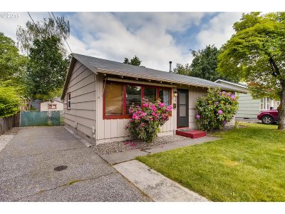 Portland Single Family Home For Sale: 1114 SE 88th Ave