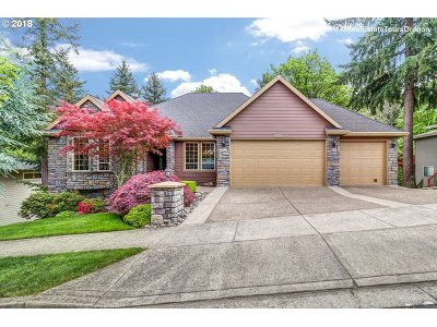 Multnomah County Single Family Home For Sale: 8308 SE Buford Ln