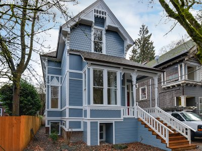 Portland Multi Family Home For Sale: 624 NW 22nd Ave