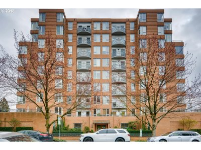 Condo/Townhouse For Sale: 1132 SW 19th Ave #612