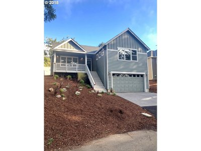 Lincoln City Single Family Home For Sale: 3578 NE Reef Dr